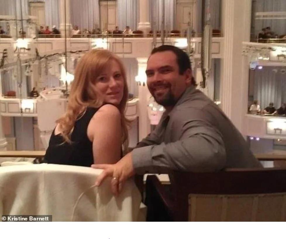 Michael Barnett y Kristine Elizabeth Barnett