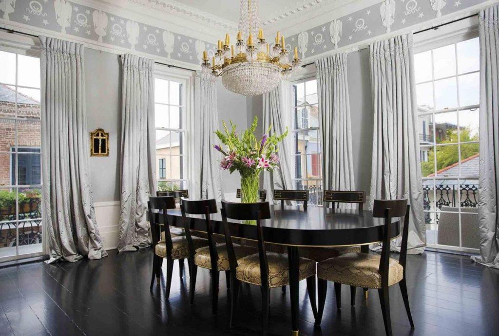 interiorde la mansion madame lalaurie comedor